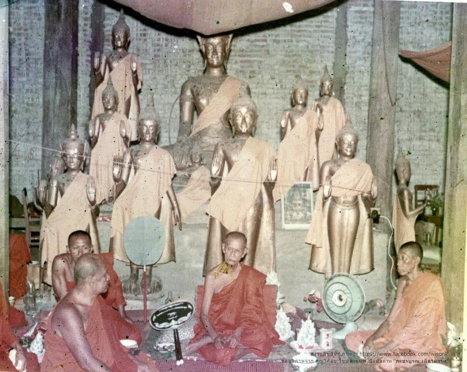168-หลวงพ่อทบ ในโบสถ์วัดช้างเผือก สะเดียง